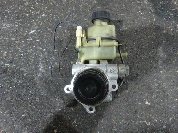 Mazda 6 GY 2,0L Diesel Servopumpe Servo Pumpe GR3D