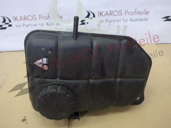 Mercedes C-Klasse 204 Kühlwasserbehälter 2045000549
