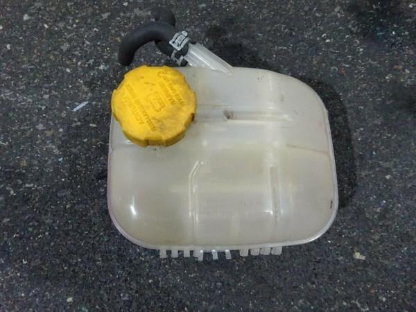 Opel Zafira B Ausgleichsbehälter Kühlwasser Behälter 13127129